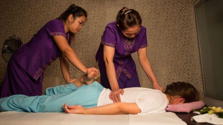 Tradiční thajský program 4 ruce